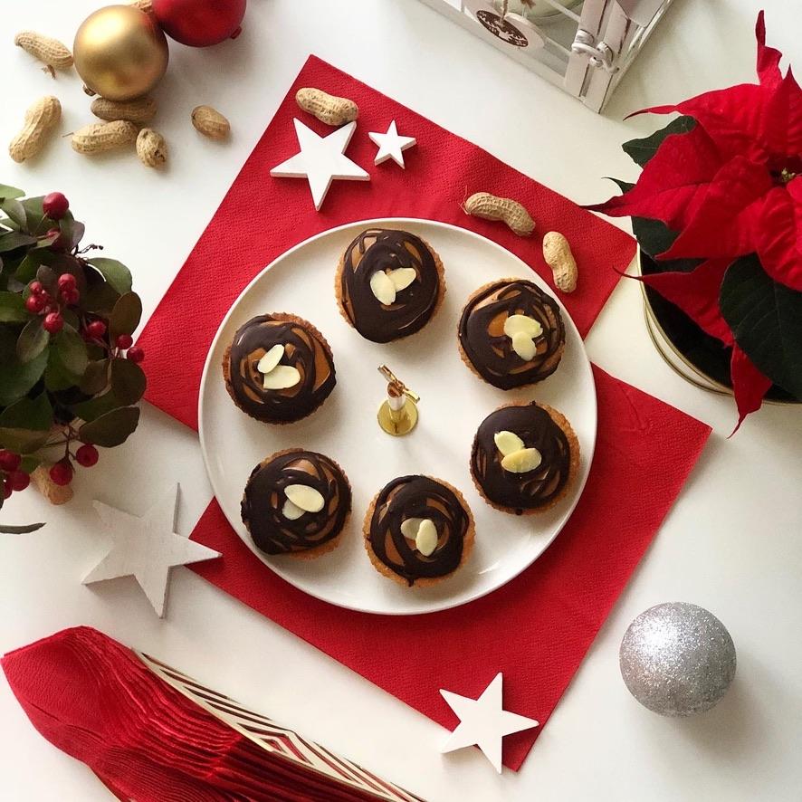 Mandlové košíčky s arašídovým máslem a čokoládou